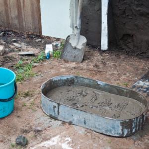 Сколько бетона нужно для заливки фундамента и какова стоимость за куб, средняя цена машины